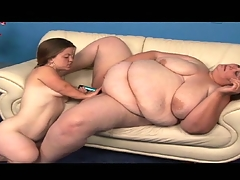 Midget with an increment of obese mature lesbian play